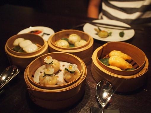 Cantonese food (粤菜 yuè cài)
