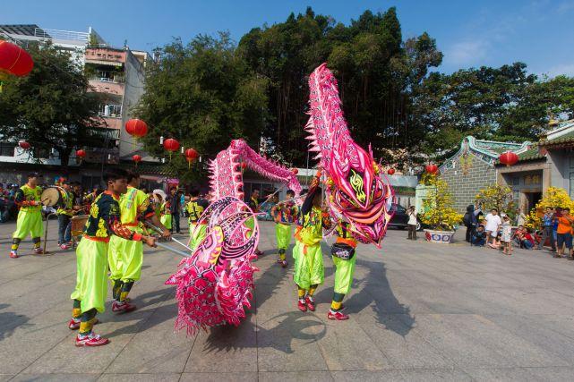 Dragon dance in China